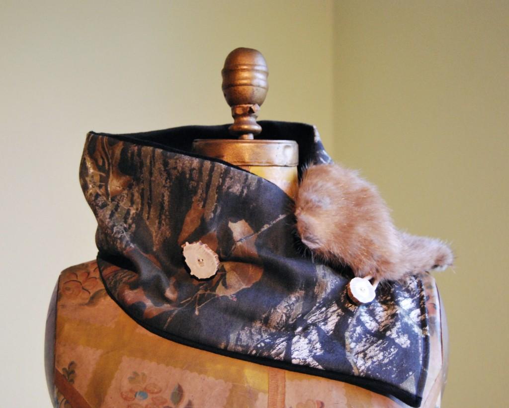 Mossy Oak Fur Scarf